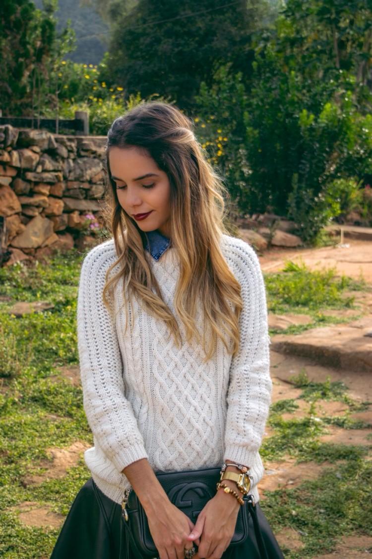 -look-moletom-jeans-all-denim-couro-siaia-de-couro-sweter