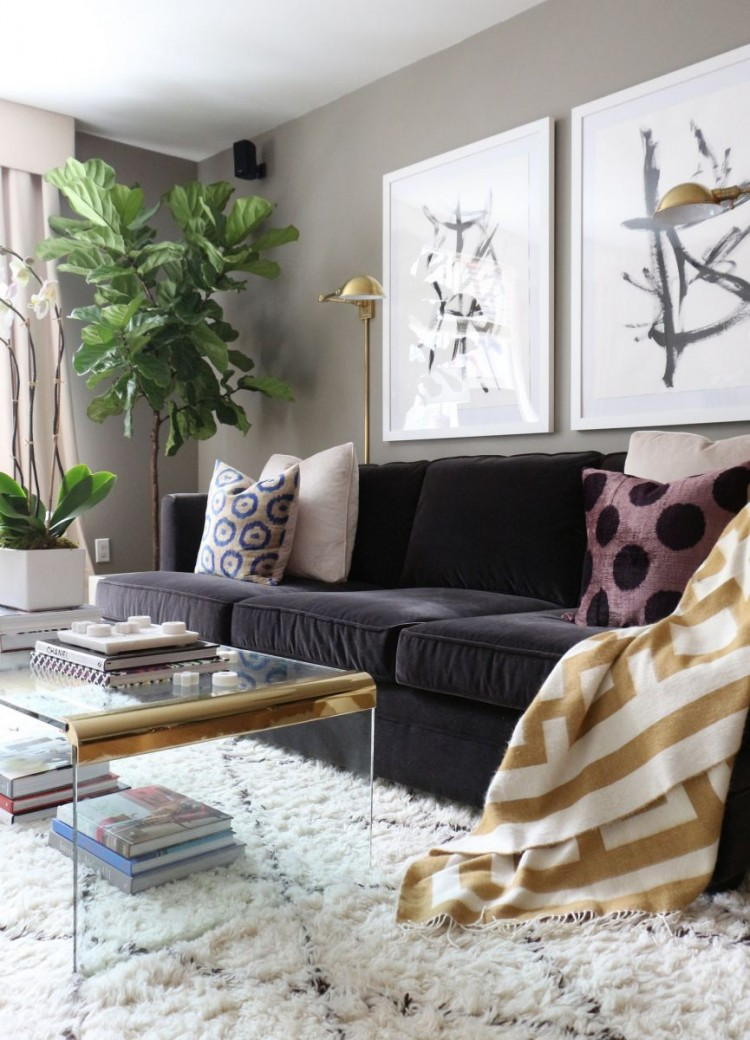 The Everygirl Victoria Solomon NYC Apartment Tour Living 2