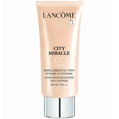 O 1º CC Cream da Lancôme, o CC Cream City Miracle, é um verdadeiro escudo para a pele contra os principais problemas dos grandes centros urbanos: poluição, água contaminada, raios UV entre outros.