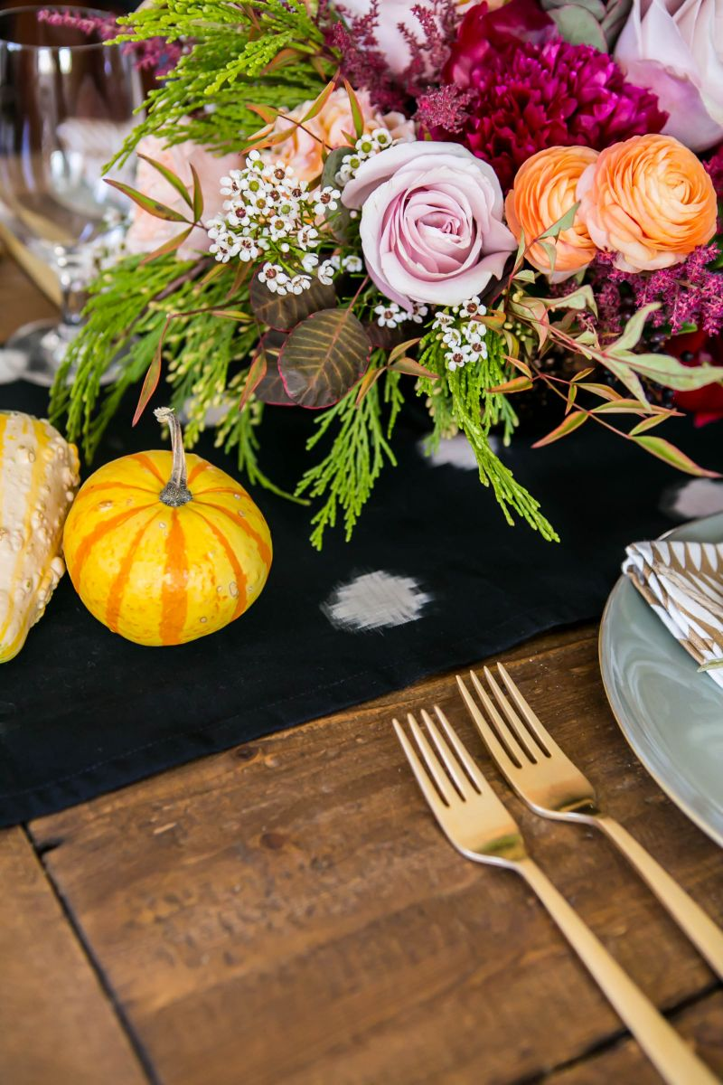 Friendsgiving-Dinner-with-Mara-Ferreira-TheEverygirl (29)