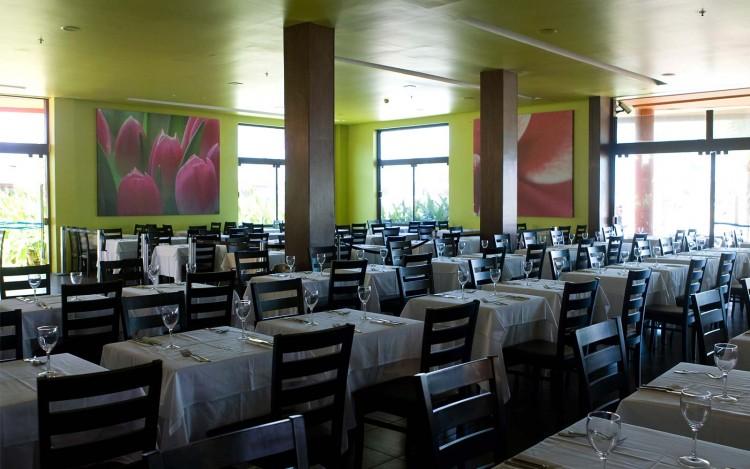 resorts-brasil-enotel-convention-resort-brasil-area-interna-restaurante-03