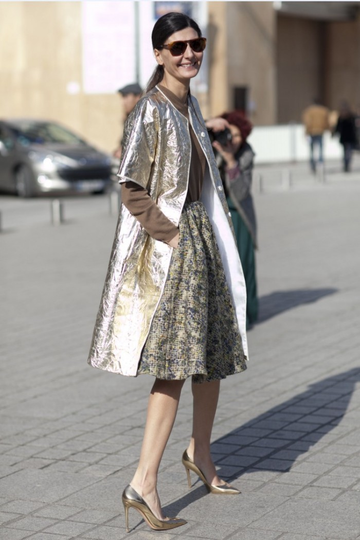 Giovanna-Battaglia-made-entrance-metallic-coat-full-skirt
