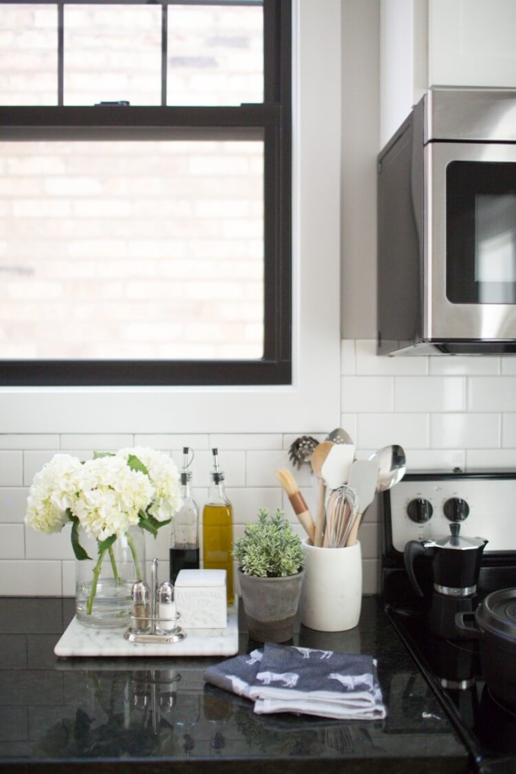 theeverygirl-danielle-moss-home-tour-chicago-WEB-80