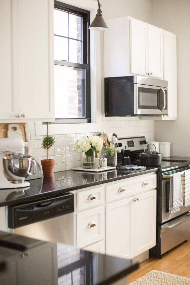 theeverygirl-danielle-moss-home-tour-chicago-WEB-87